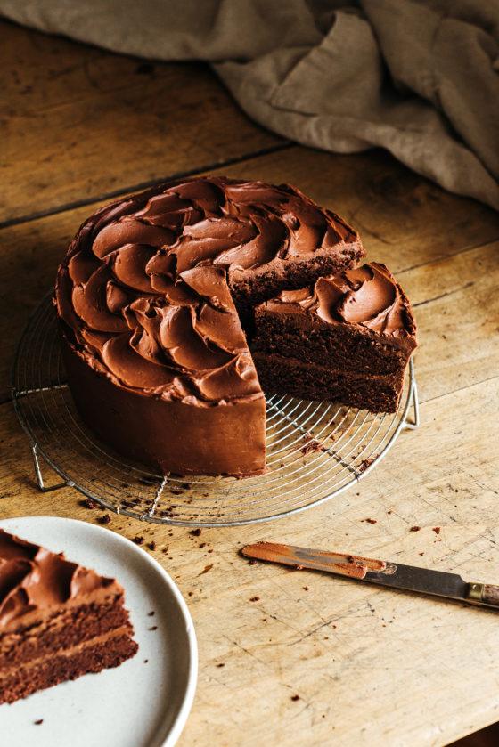 Gâteau du diable devils food cake - Lilie Bakery