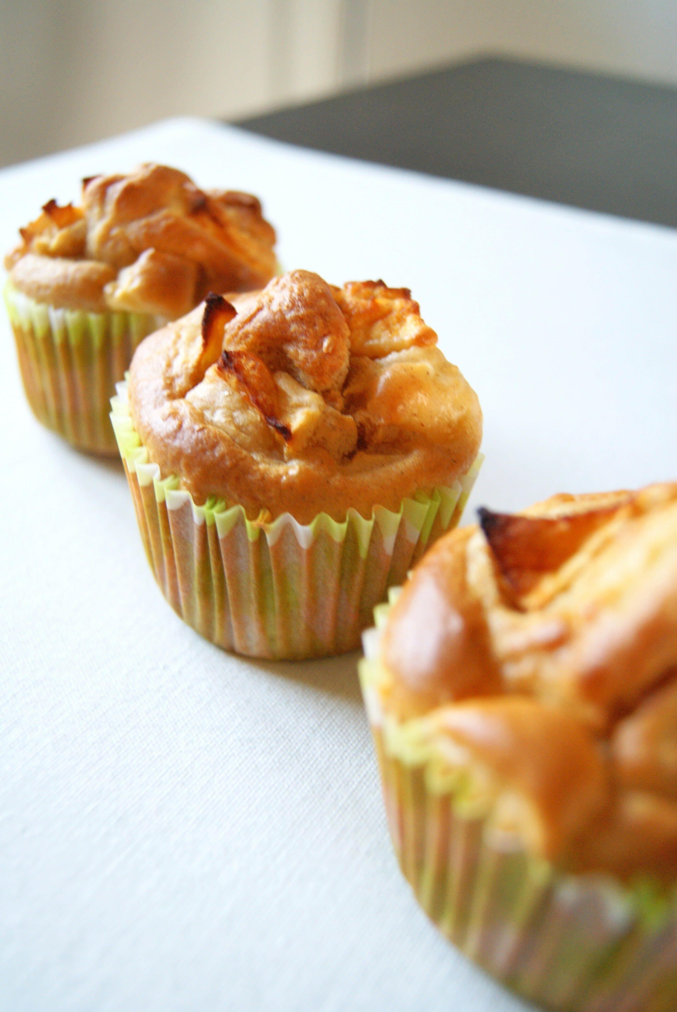 muffins pomme-cannelle au sirop d'érable | Lilie Bakery