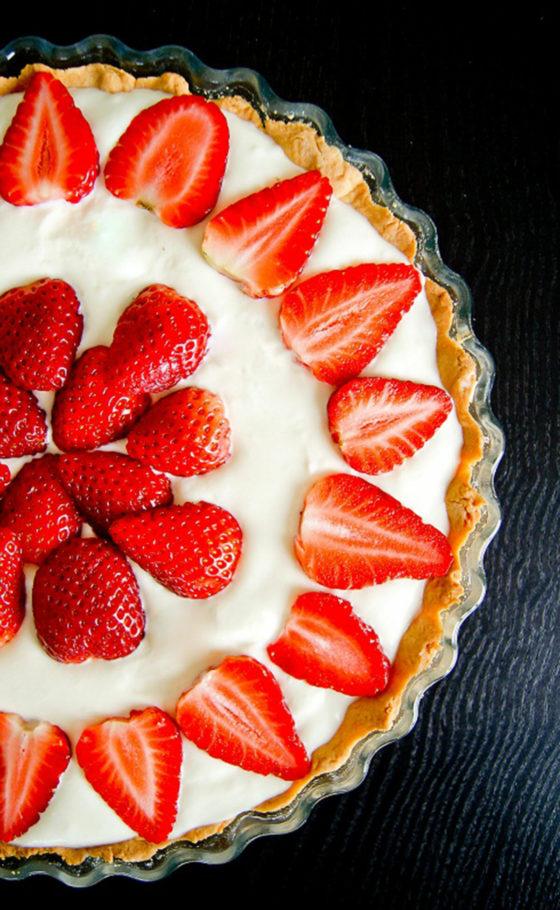 Tarte aux Fraises, Chantilly & Crème d'Amandes | Lilie Bakery