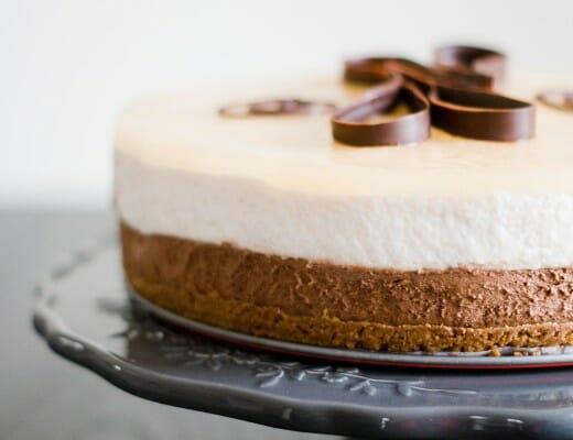 Bavarois Poire-Chocolat sur Craquant Speculoos | Lilie Bakery 2
