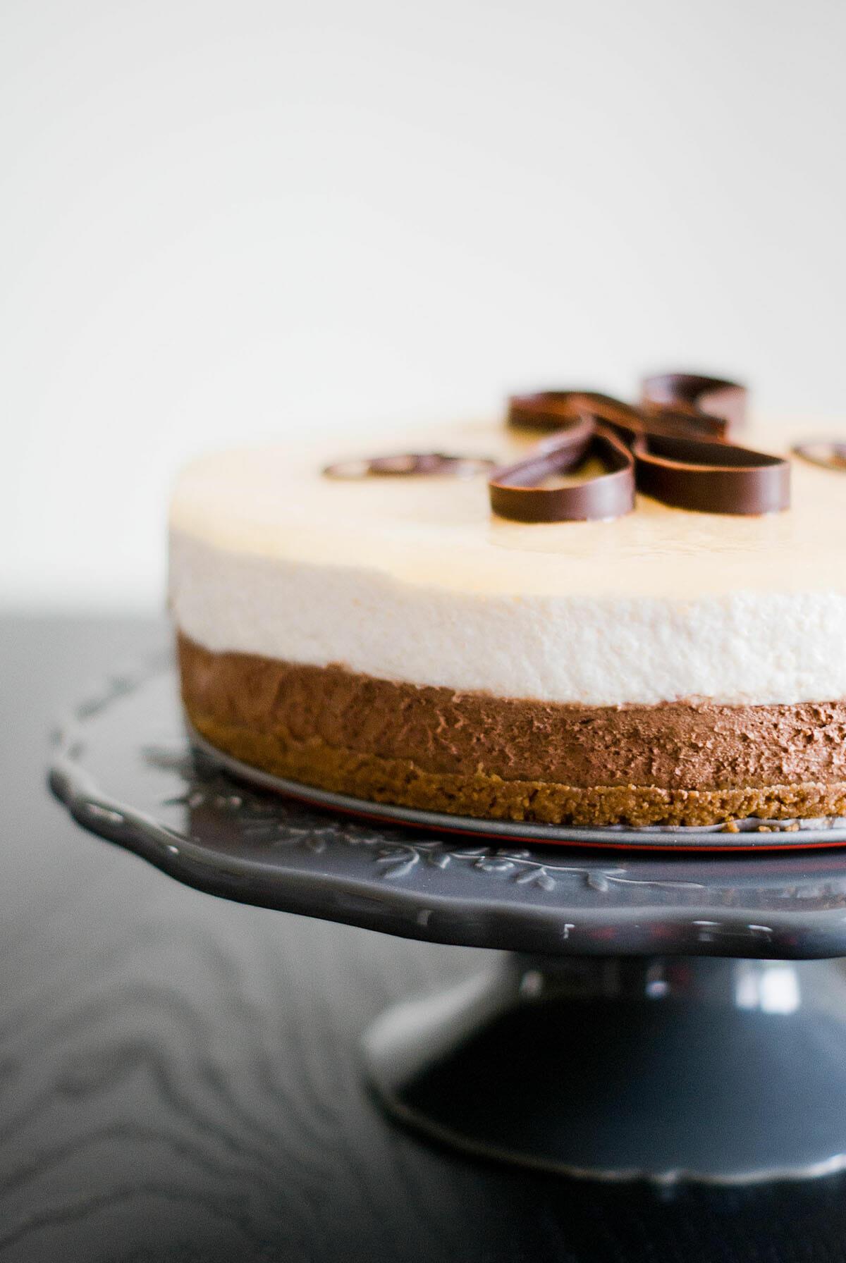 Bavarois Poire Chocolat Sur Craquant Speculoos Lilie Bakery
