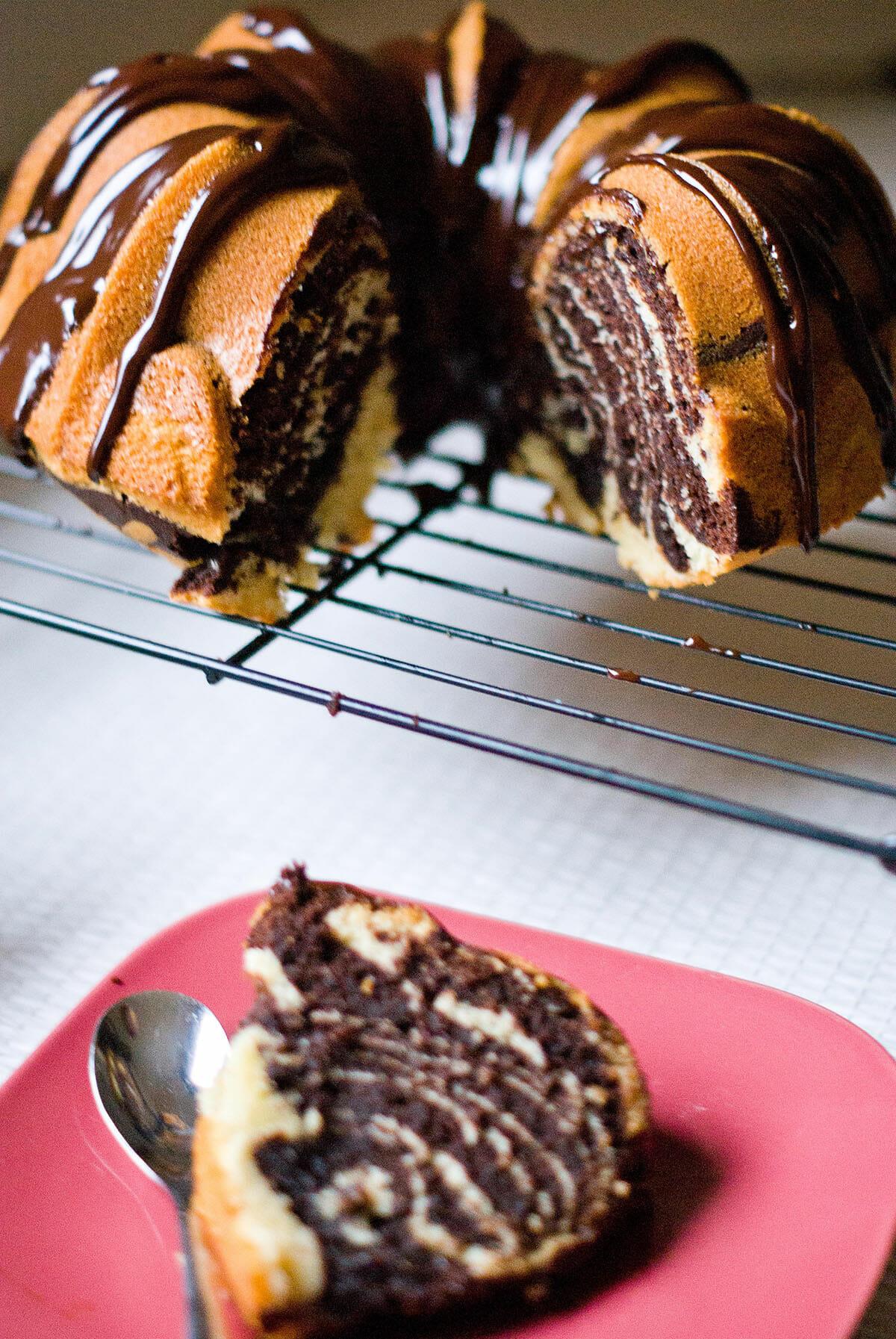 zebra bundt cake g teau couronne z br lilie bakery. Black Bedroom Furniture Sets. Home Design Ideas