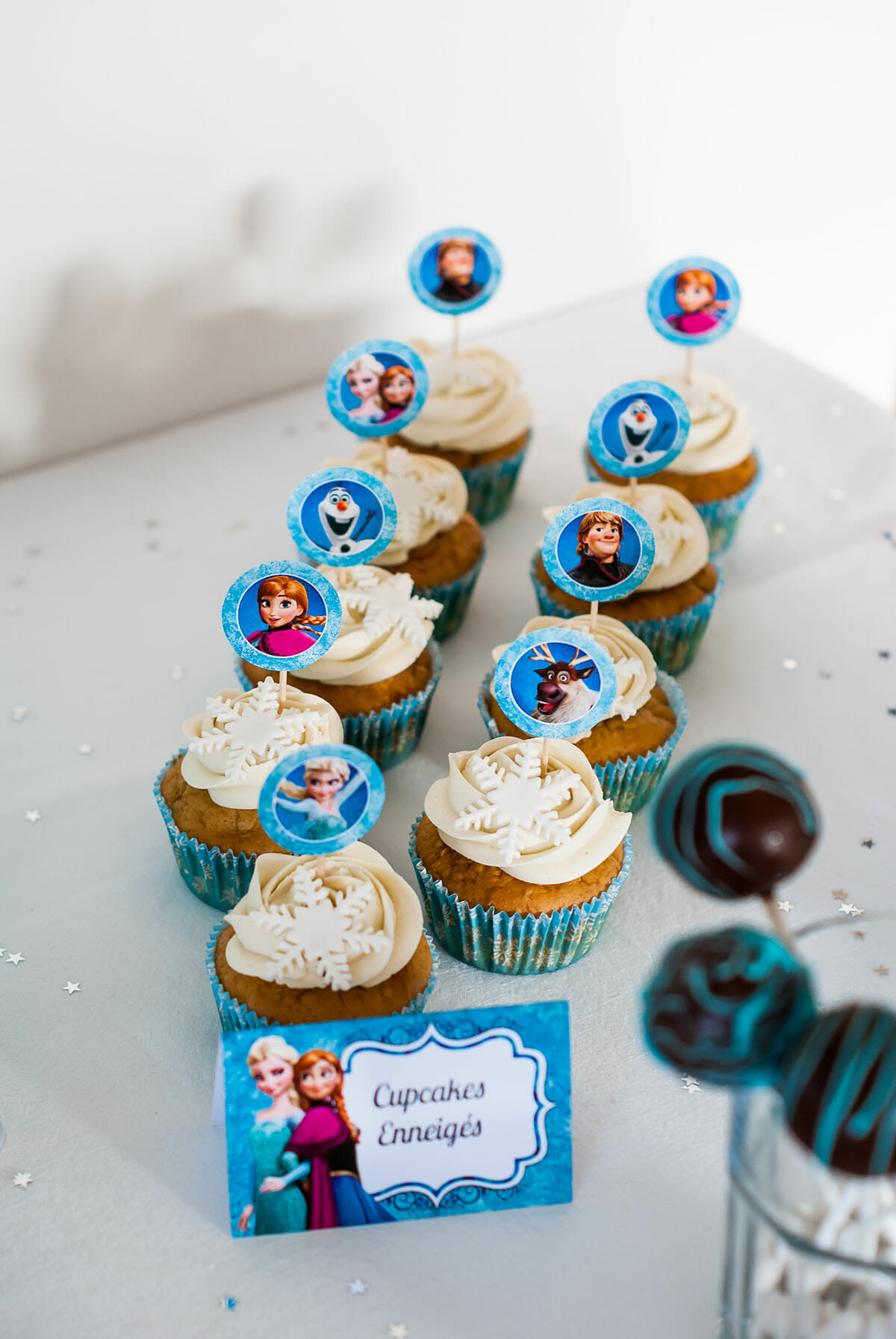 sweet table anniversaire reine des neiges
