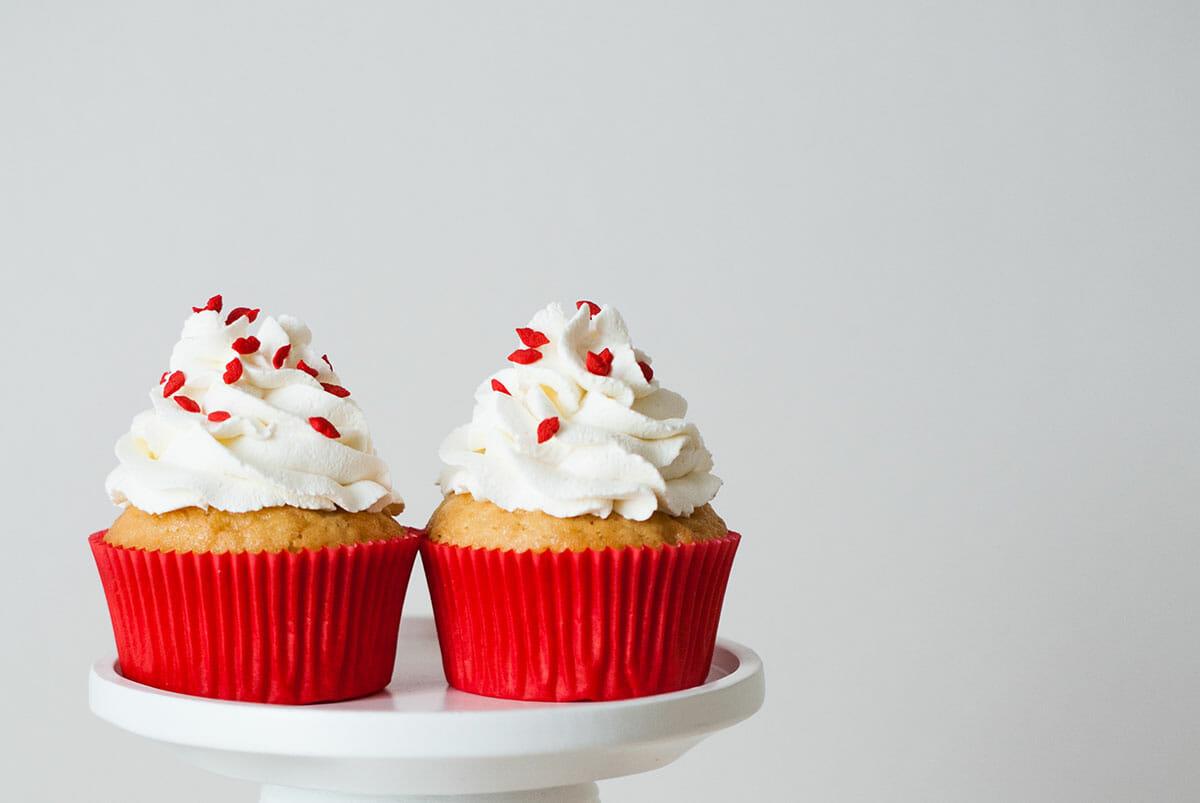 Cupcakes St Valentin { Cœur inside } | Lilie Bakery 2