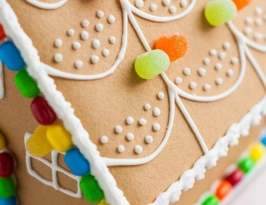 Maison en pain d'épices { DIY Noël } | Lilie Bakery 2