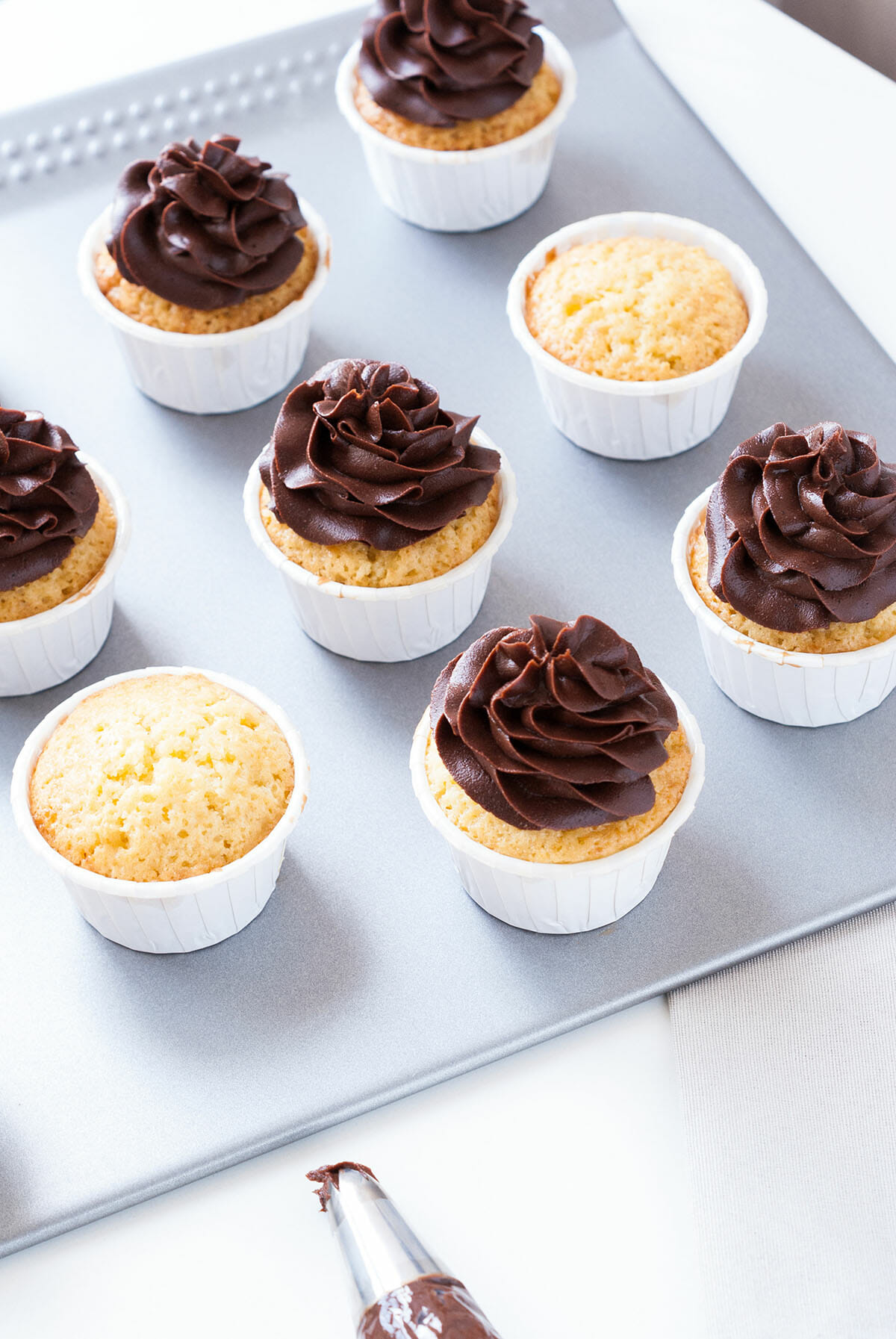 Cupcakes vanille chocolat café | Lilie Bakery