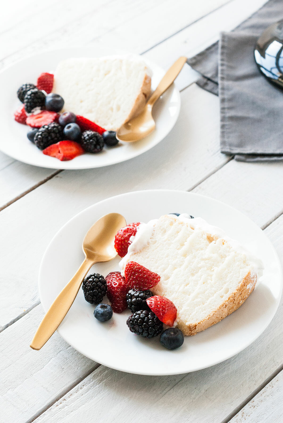 Angel food cake | Lilie Bakery