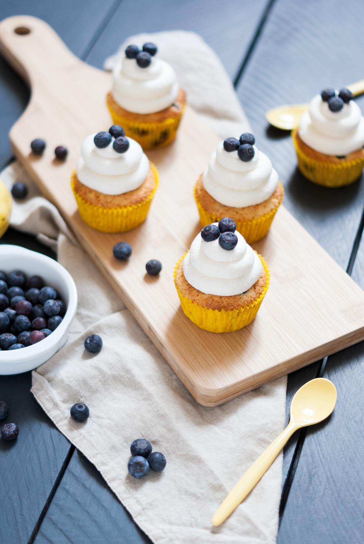 Cupcakes citron myrtilles sans gluten | Lilie Bakery