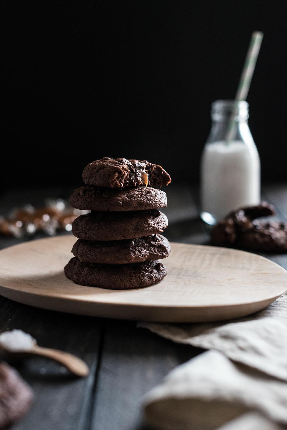 Cookies chocolat coeur caramel | Lilie Bakery