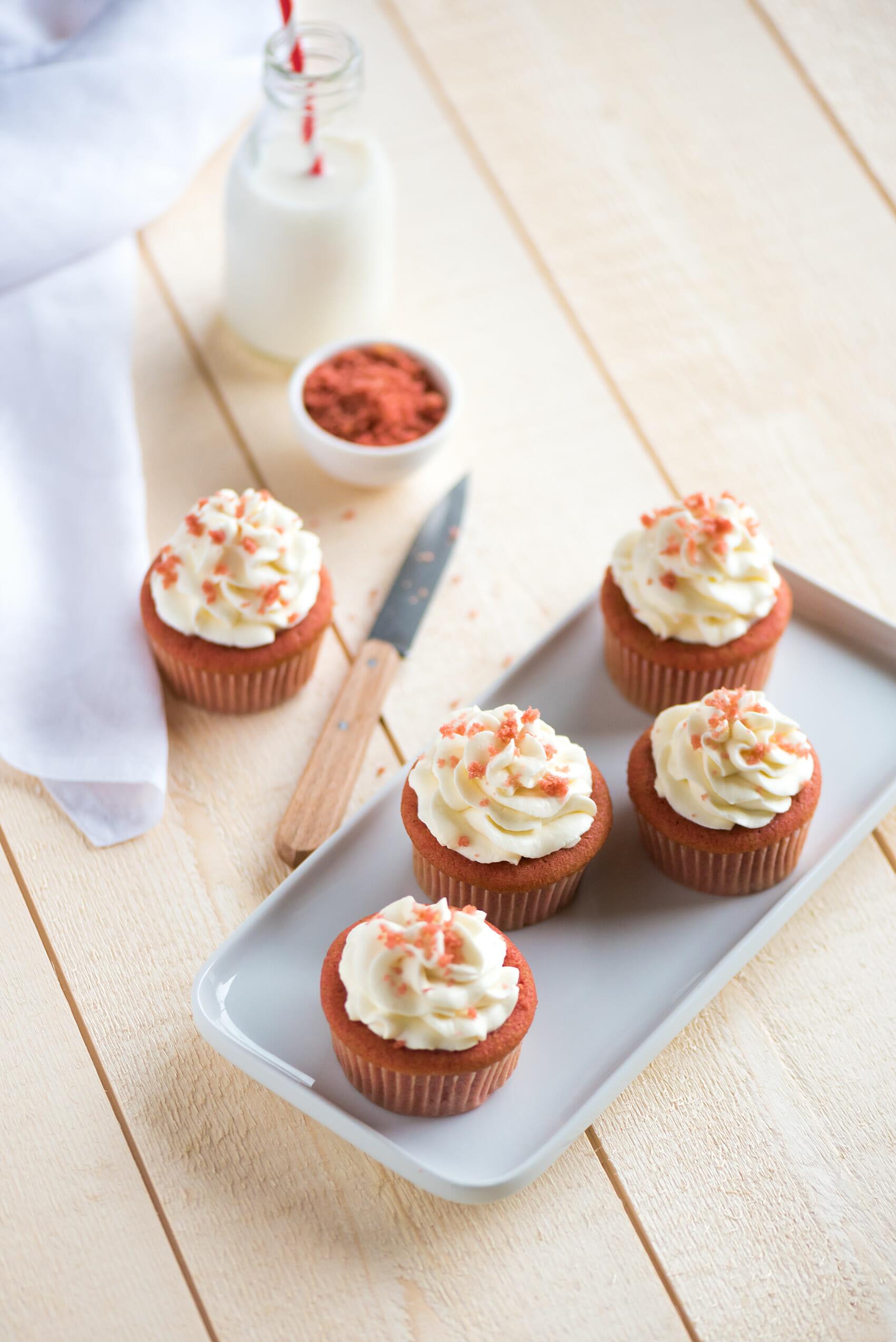 Red velvet cupcakes | Lilie Bakery