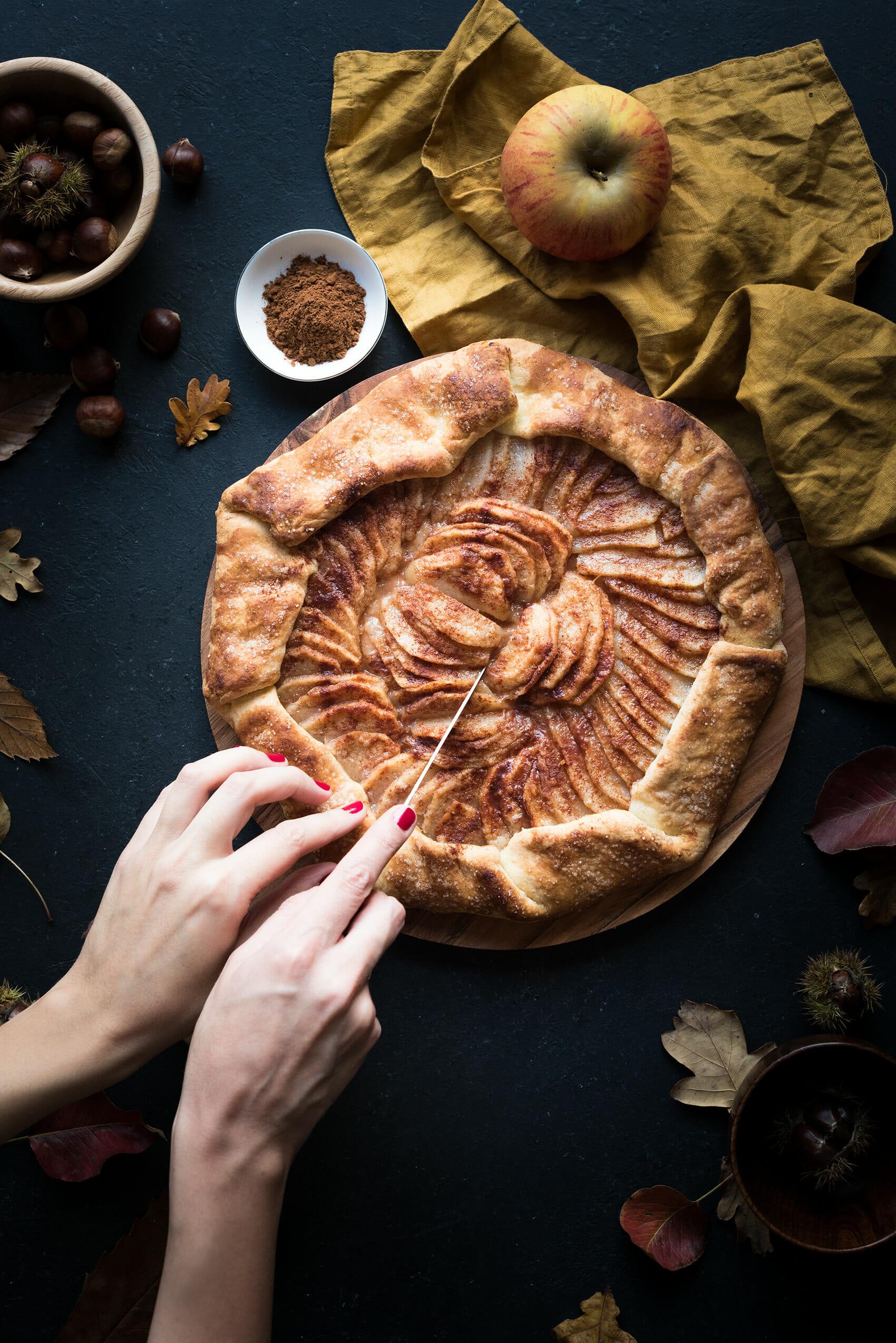Tarte rustique pomme poire épices - Lilie Bakery