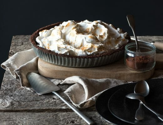 Tarte au chocolat meringuée - Lilie Bakery