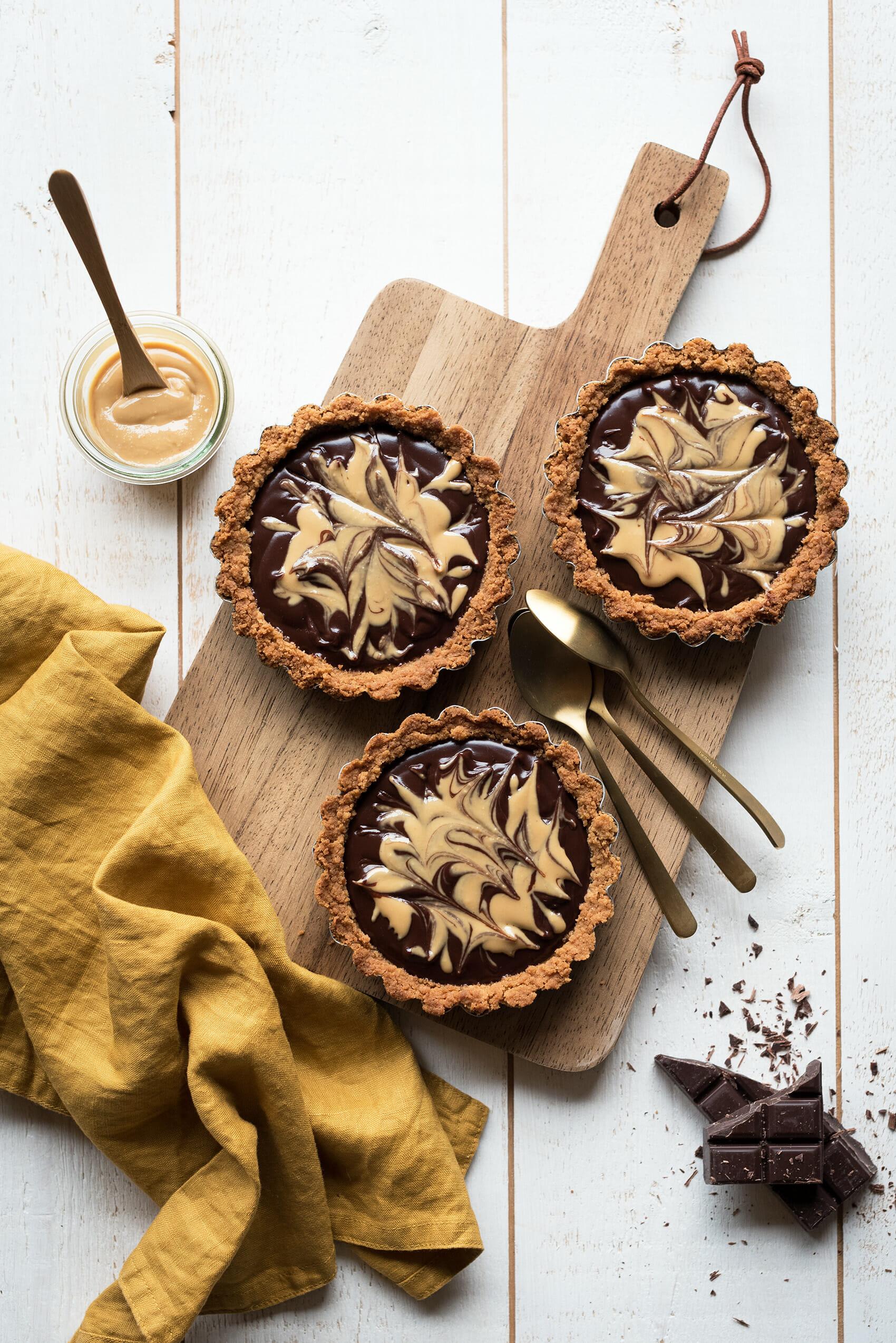 Tartes chocolat beurre de cacahuetes - Lilie Bakery