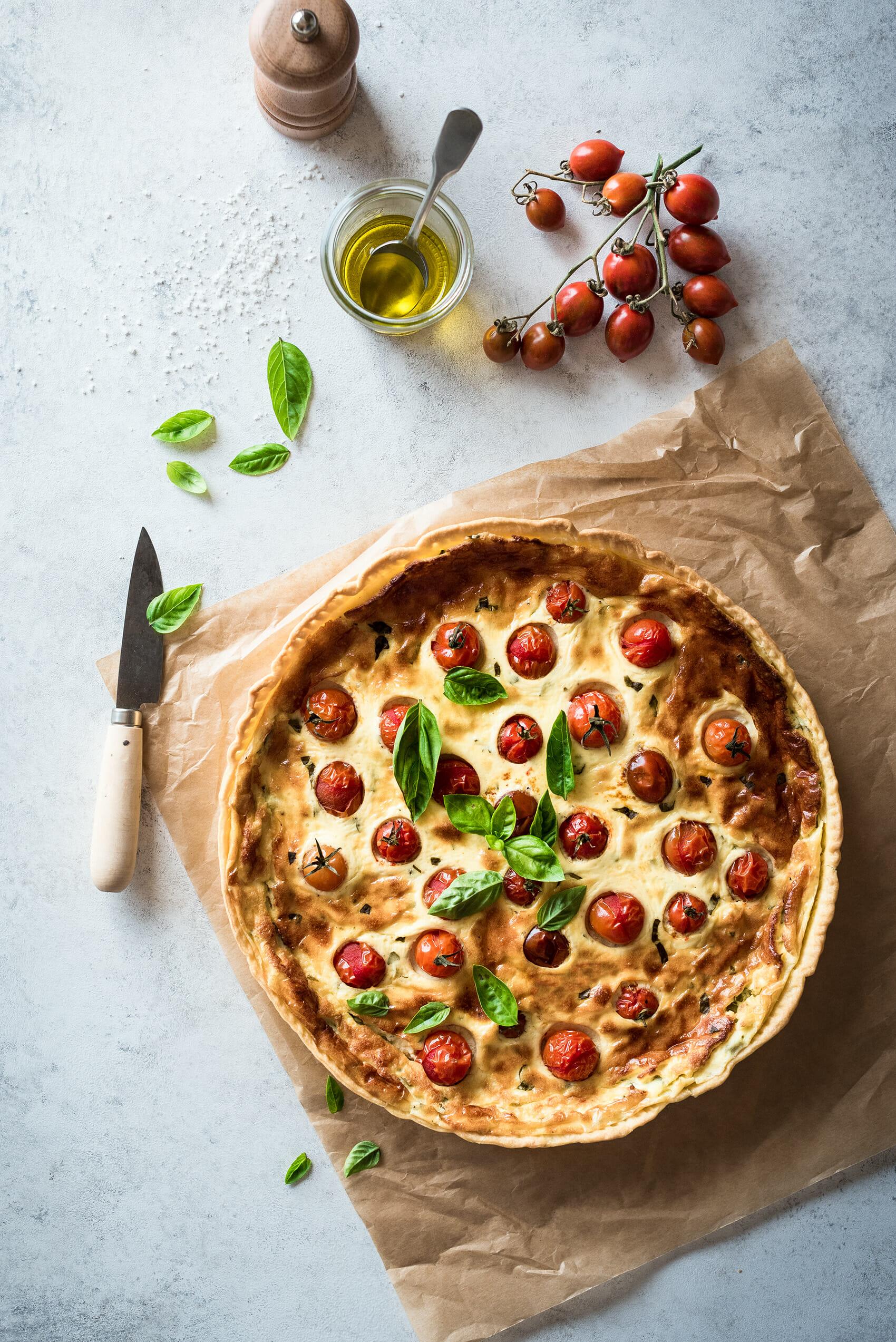 Tarte tomates cerises basilic chèvre frais - Lilie Bakery