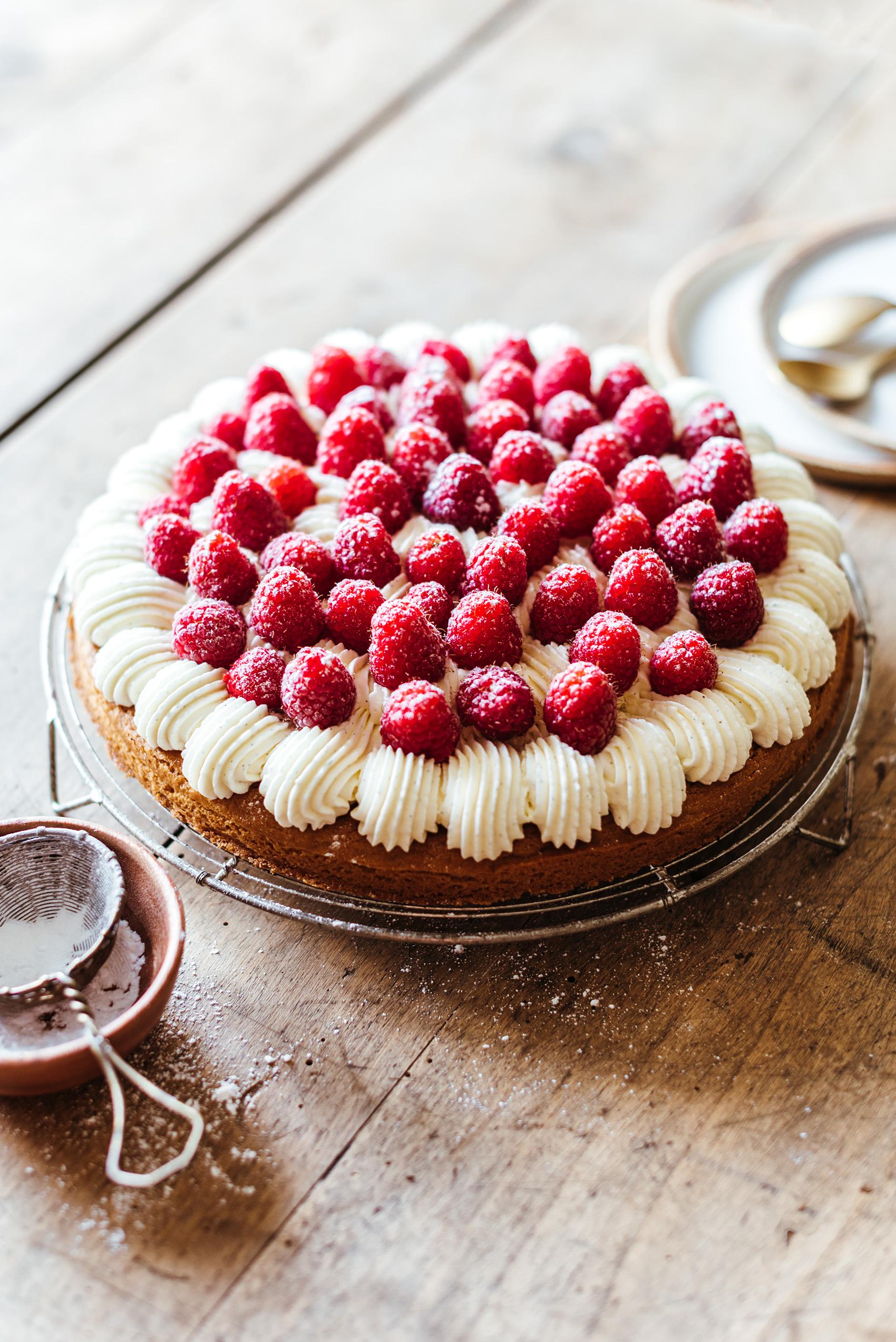 Tarte framboise crème vanillée palet breton - Lilie Bakery
