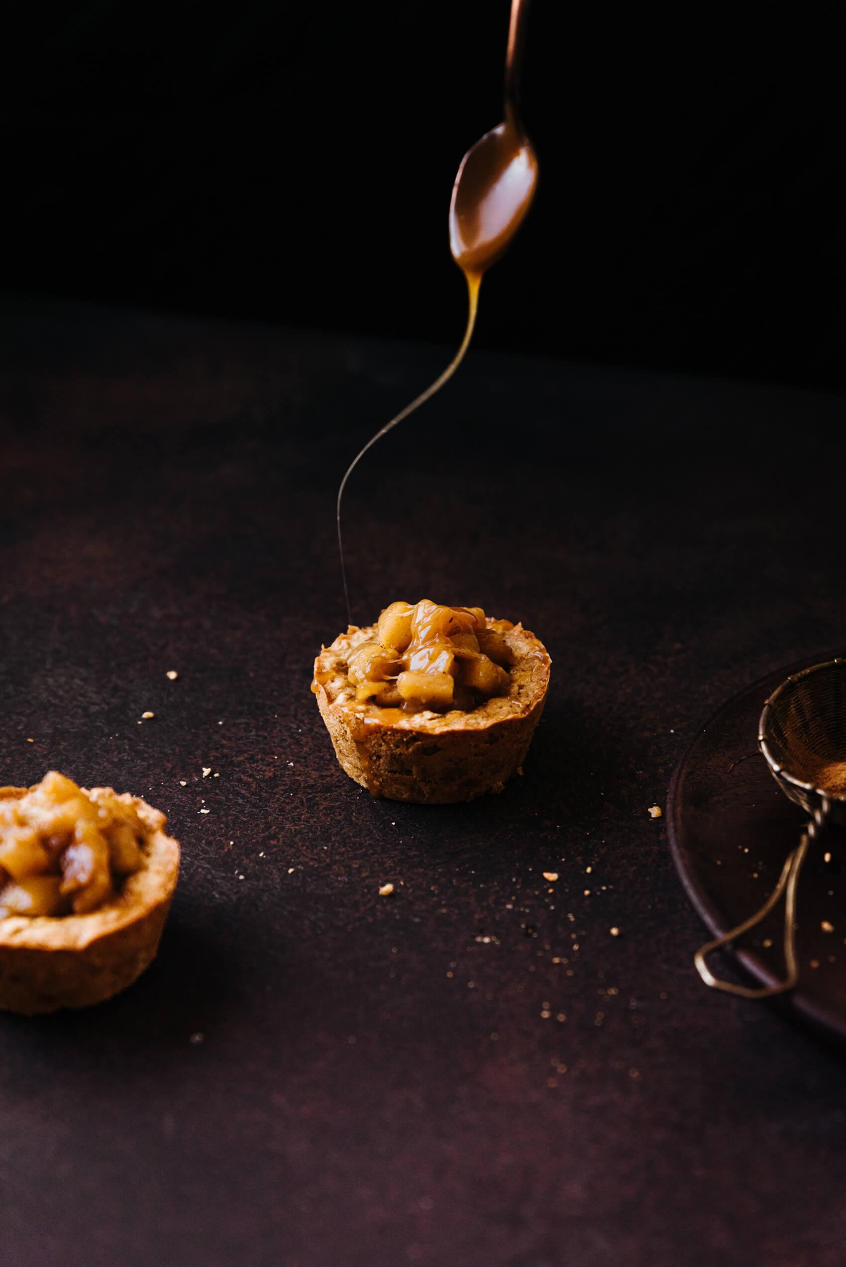 Cookies cups avoine & compotée pomme-cannelle - Lilie Bakery