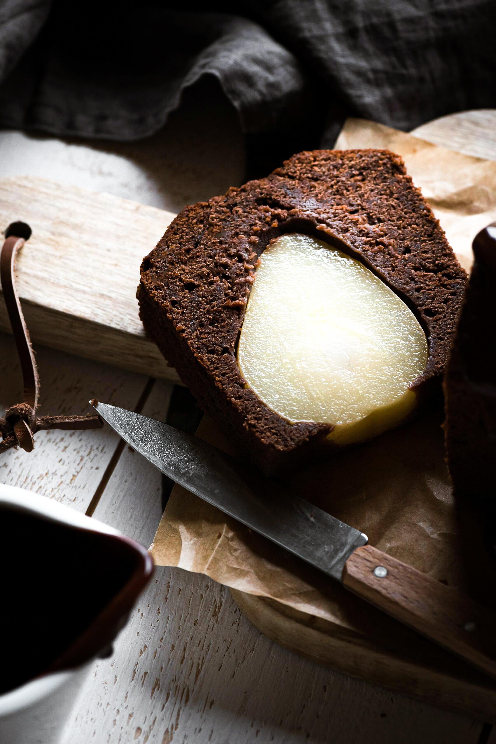Cake poire chocolat ganache zoom - Lilie Bakery