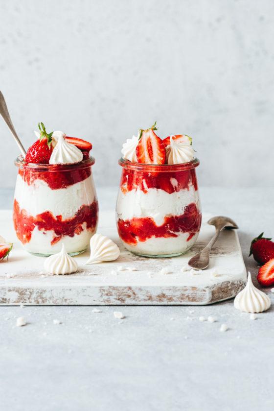 Eton mess aux fraises - Lilie Bakery